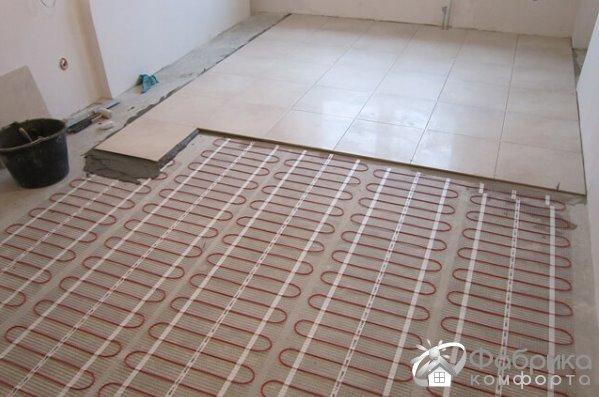Тепла підлога від центрального опалення в квартирі