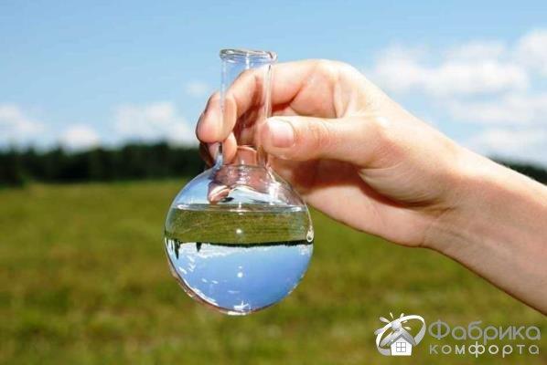 Як очистити воду зі свердловини від заліза і вапна