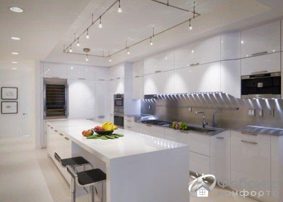 Как увеличить кухню с помощью дизайнерских приемов